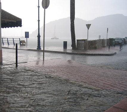 Kraftiga skyfall över Mallorca