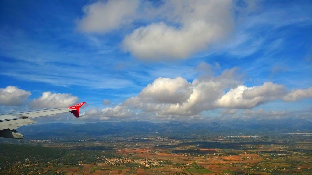 I oktober landade och lyfte 2.227.640 flygresenärer på Mallorca - en minskning med 0,2 procent