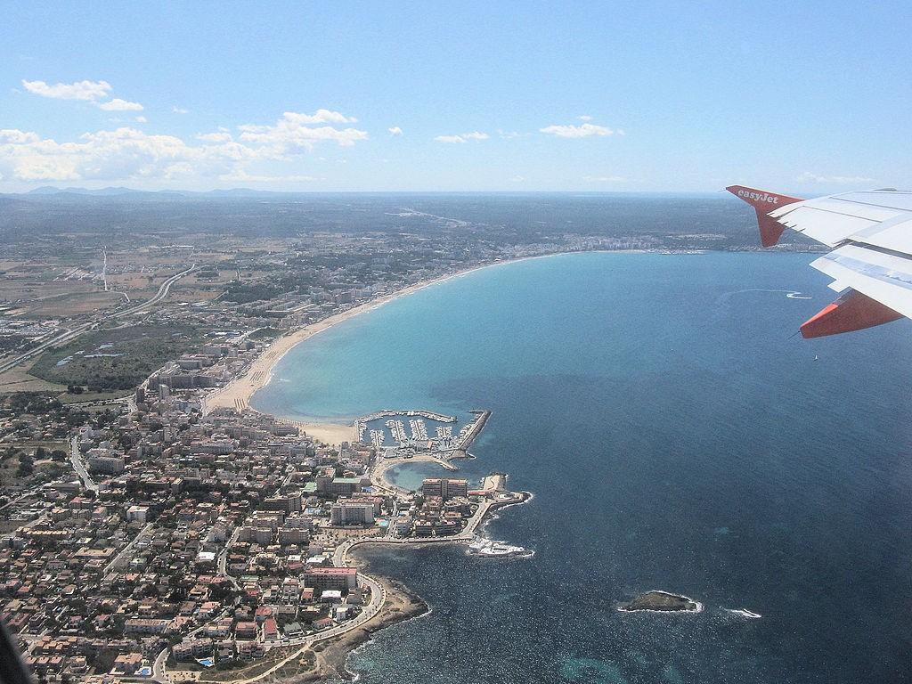 I juli landade eller lyfte 3.503.360 passagerare på Mallorca - en ökning med 1,5 procent