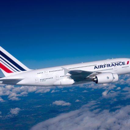 Flyg direkt från Palma till Paris